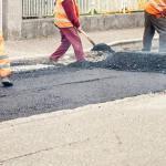 Ministerská hra o peníze. Opravy silnic v menších obcích – nula